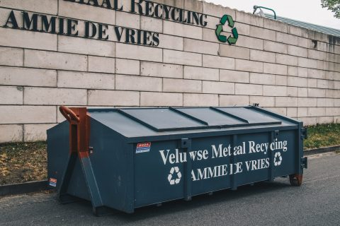 Veluwse Metaal Recycling | 8m³ dichte container